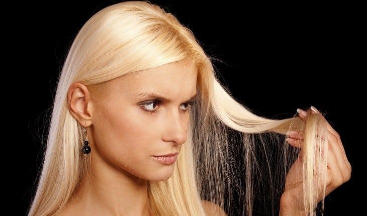 Gold Spell Lisos | Qual a temperatura ideal da chapinha em cabelos Loiros?
